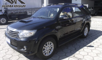 Toyota Hilux SW-4 – Ano: 2013 – 7 Lugares