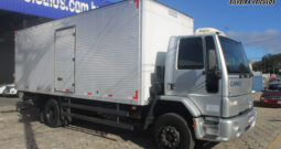 Ford Cargo 1517 E – Ano: 2006 – Baú c/ Plataforma