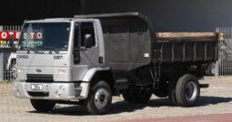 Ford Cargo 1317 – Ano: 2010 – Caçamba Basculante